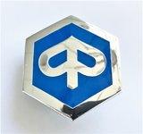 Logo / embleem in voorfront  Ape Classic_